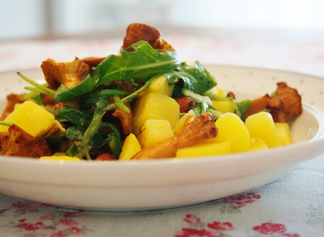 Kartoffel-Risotto mit Pfifferlingen und Rucola