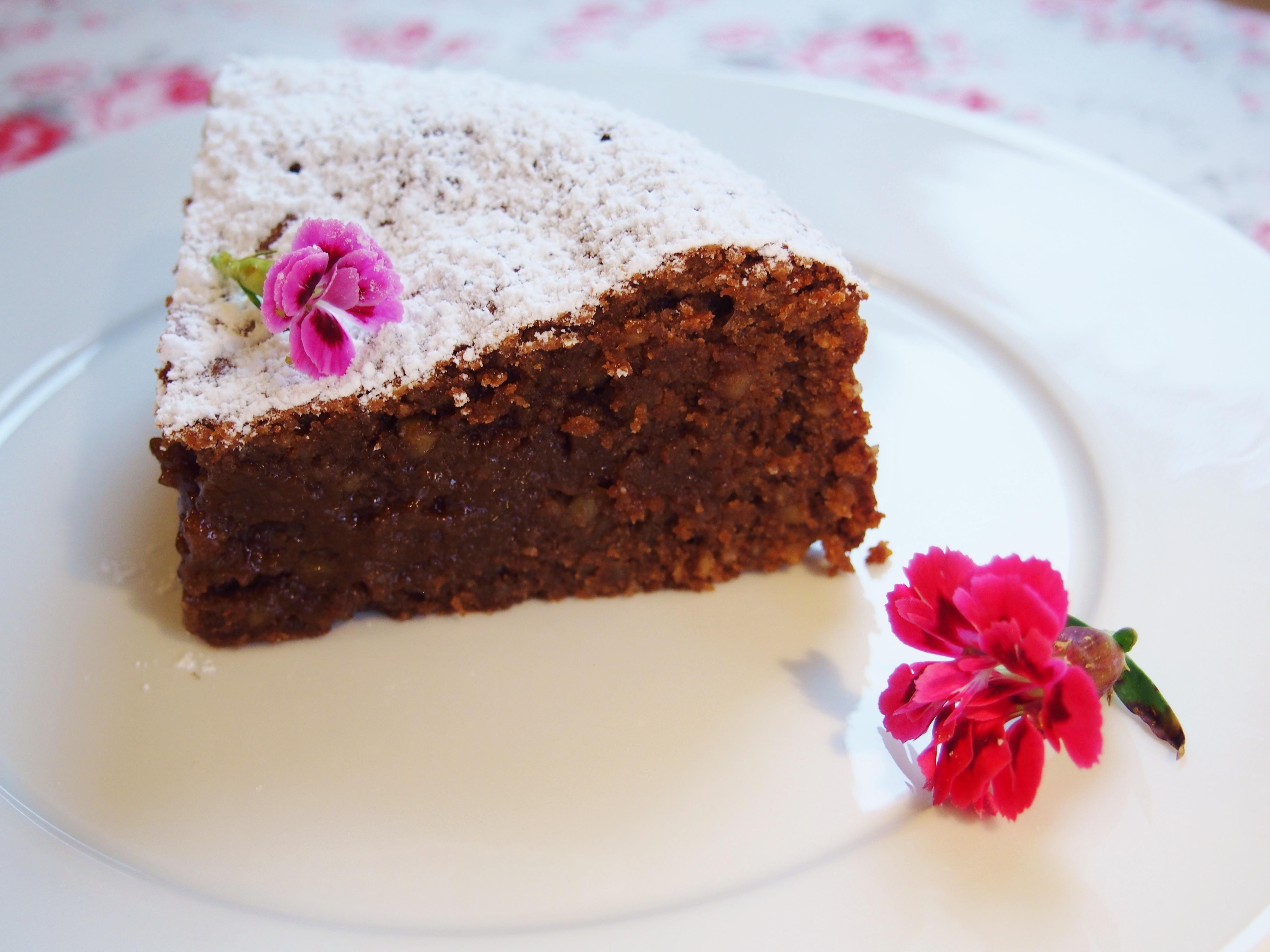 Nougat Mandel Kuchen Mit Weichem Kern Fraulein Ella