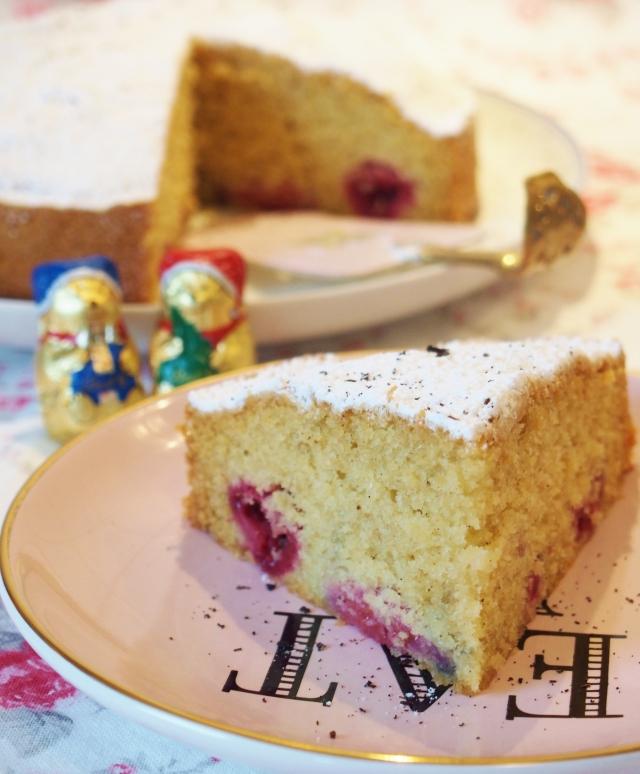 Vanillekuchen mit Himbeeren