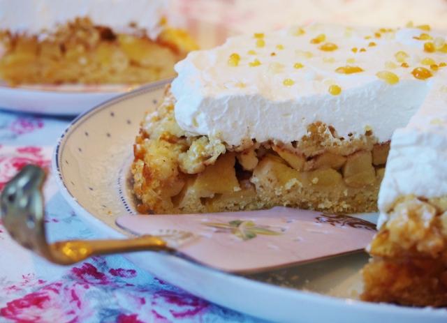 Apfel-Sahne-Torte