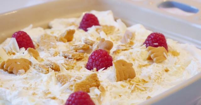 Milchcreme-Kekskuchen