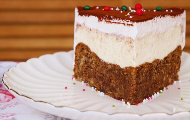 Torta Caprese mit Amaratto-Mousse