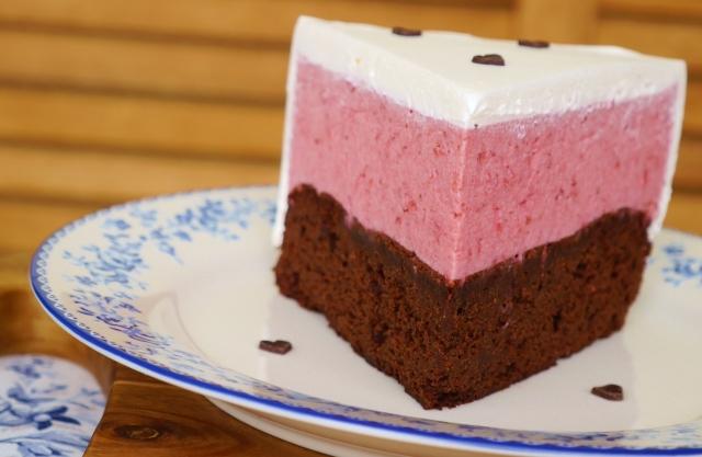 Erdbeer-Schokoladen-Torte mit Rotweinkaramell