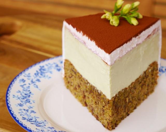 Pistazien-Mandel-Torte