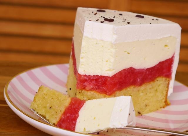Rhabarber-Vanille-Torte